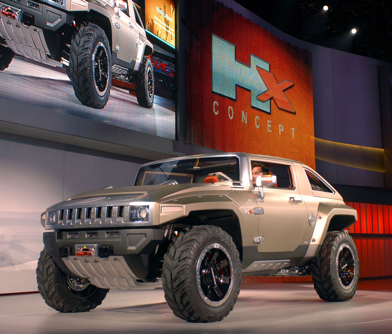 Hummer HX Concept Detroit 12 debut - Car Body Design | detroit hummer