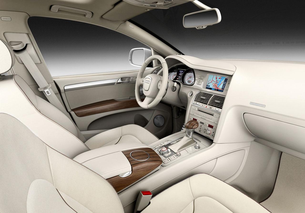 Audi Q7 Coastline Interior Car Body Design