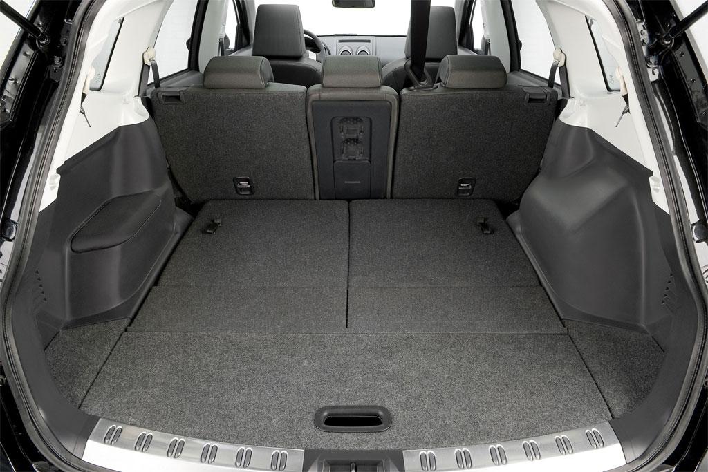 Nissan Qashqai 2 Interior Car Body Design