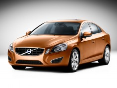New Volvo S60: first images