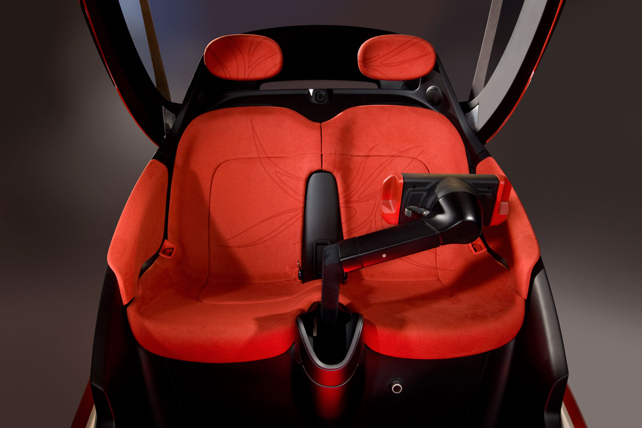 GM EN V Jiao Concept Interior - Car Body Design