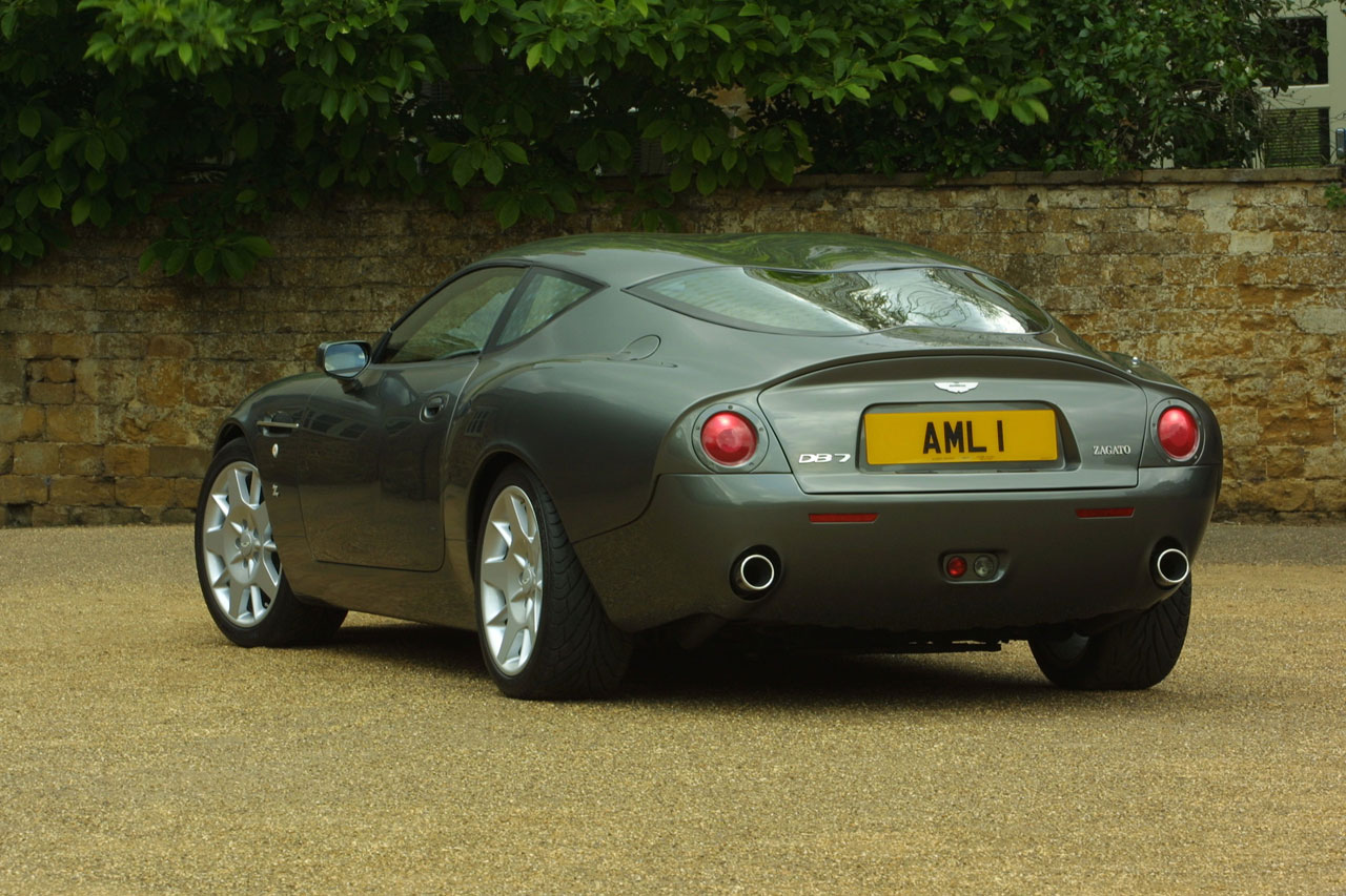 2002 Aston Martin Db7 Zagato Car Body Design