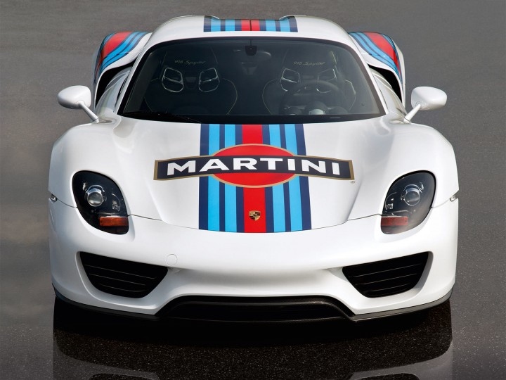 Porsche 918 Spyder Gets Martini Racing Livery Car Body Design
