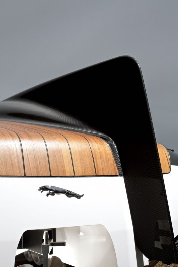 Jaguar Concept Speedboat - Rear End