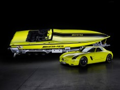 Mercedes-AMG / Cigarette Racing Powerboat Concept