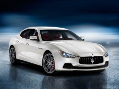 Maserati Ghibli: first images