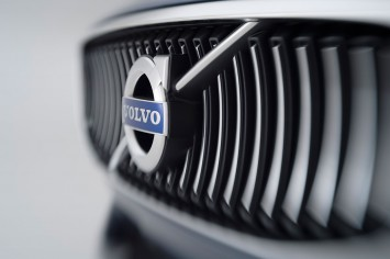 Volvo Concept Coupe - Front Grille