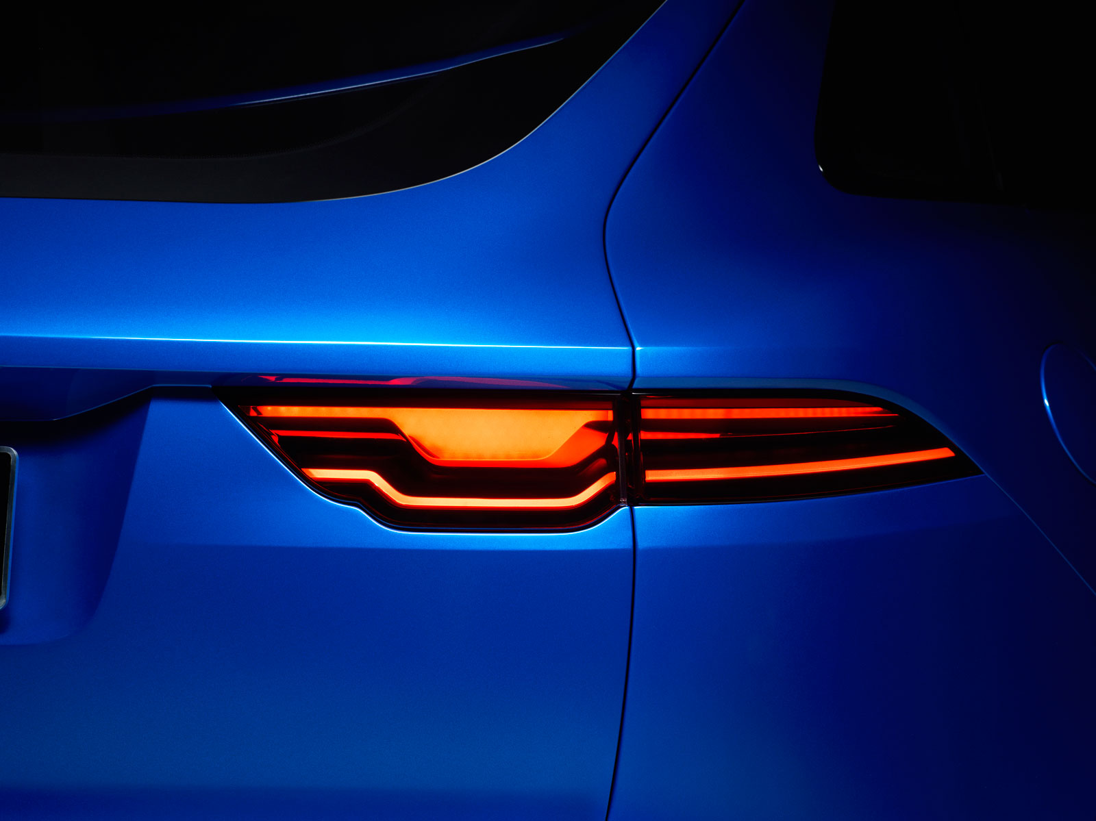 Jaguar C-X17 Concept - Tail Lamp