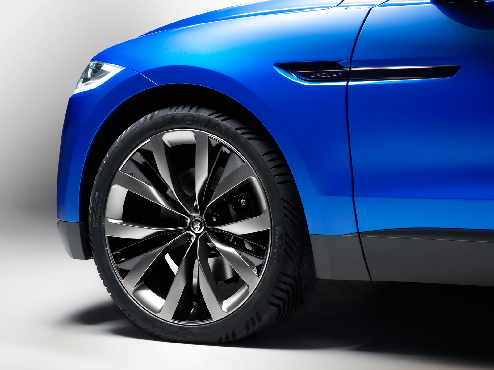 Jaguar C-X17 Concept - Wheel