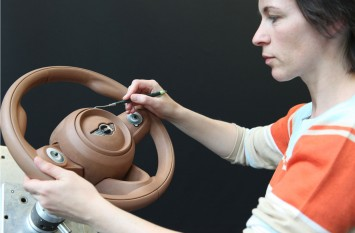 The new MINI - Steering wheel clay modeling