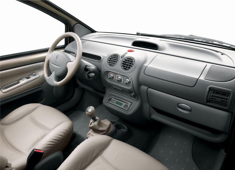 2004 Renault Twingo interior - Car Body Design