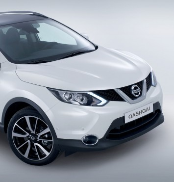 Nissan Qashqai - Front End