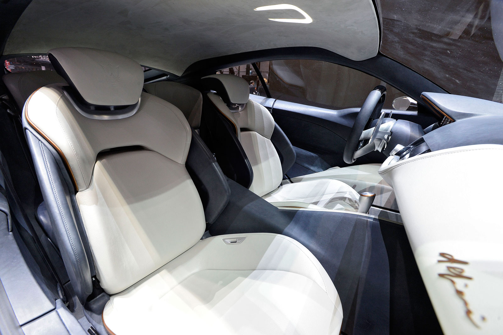 Maserati Alfieri Concept at Geneva 2014 - Interior - Car ...