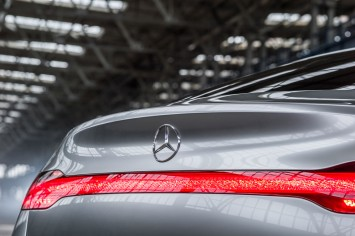 Mercedes-Benz Concept Coupe SUV - Tail Lights