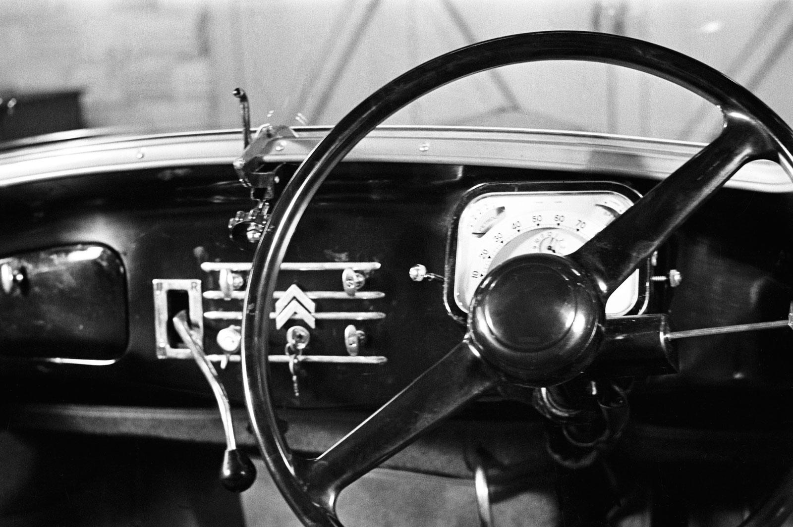 1934 57 Citroen Traction Avant Interior Car Body Design