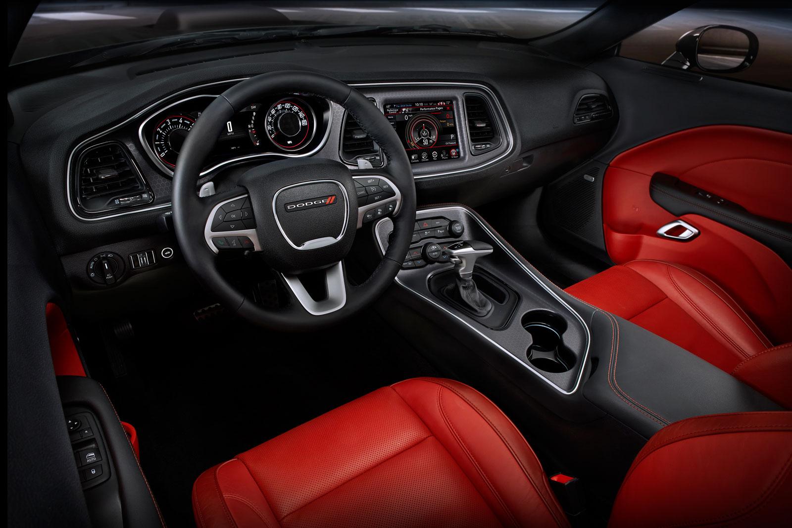 2015 Dodge Challenger Interior Car Body Design