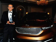 Peter Schreyer receives EyesOn Design