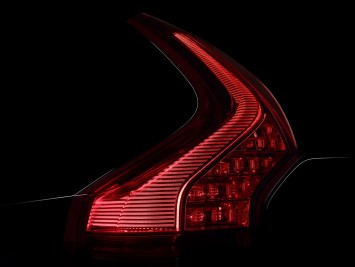 Volvo XC90 - Tail light design detail