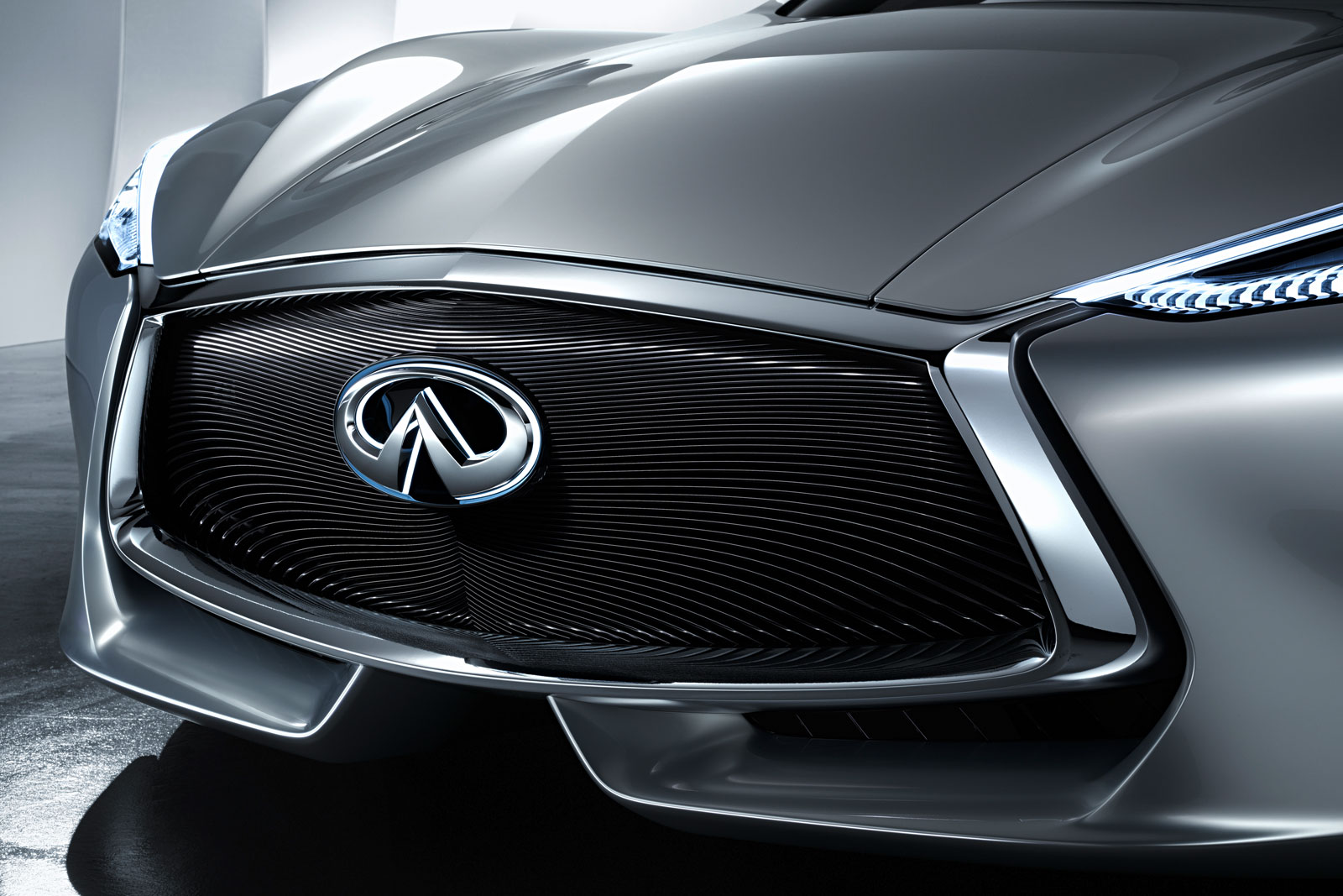 Infiniti Q80 Inspiration Concept - Front Grille