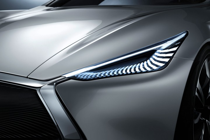 Infiniti Q80 Inspiration Concept - LED Headlight