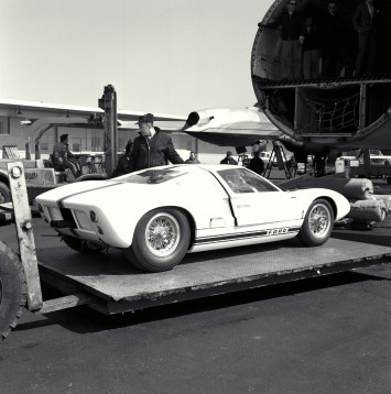 1964 Ford GT 40 Mark I at the New York airport
