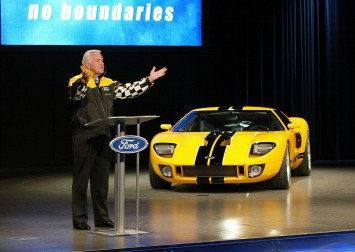 2002 Ford Division President Jim OConnor announced Ford GT production plans