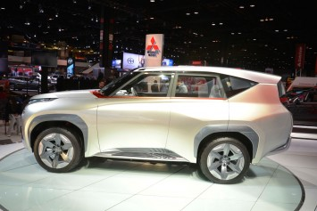 Mitsubishi Concept GC PHEV at the 2015 Chicago Show