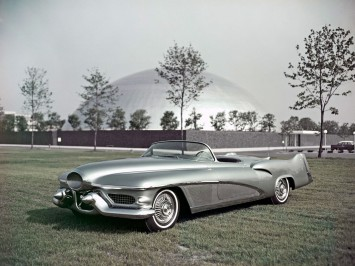1951 Buick LeSabre Concept and the GM Design Dome
