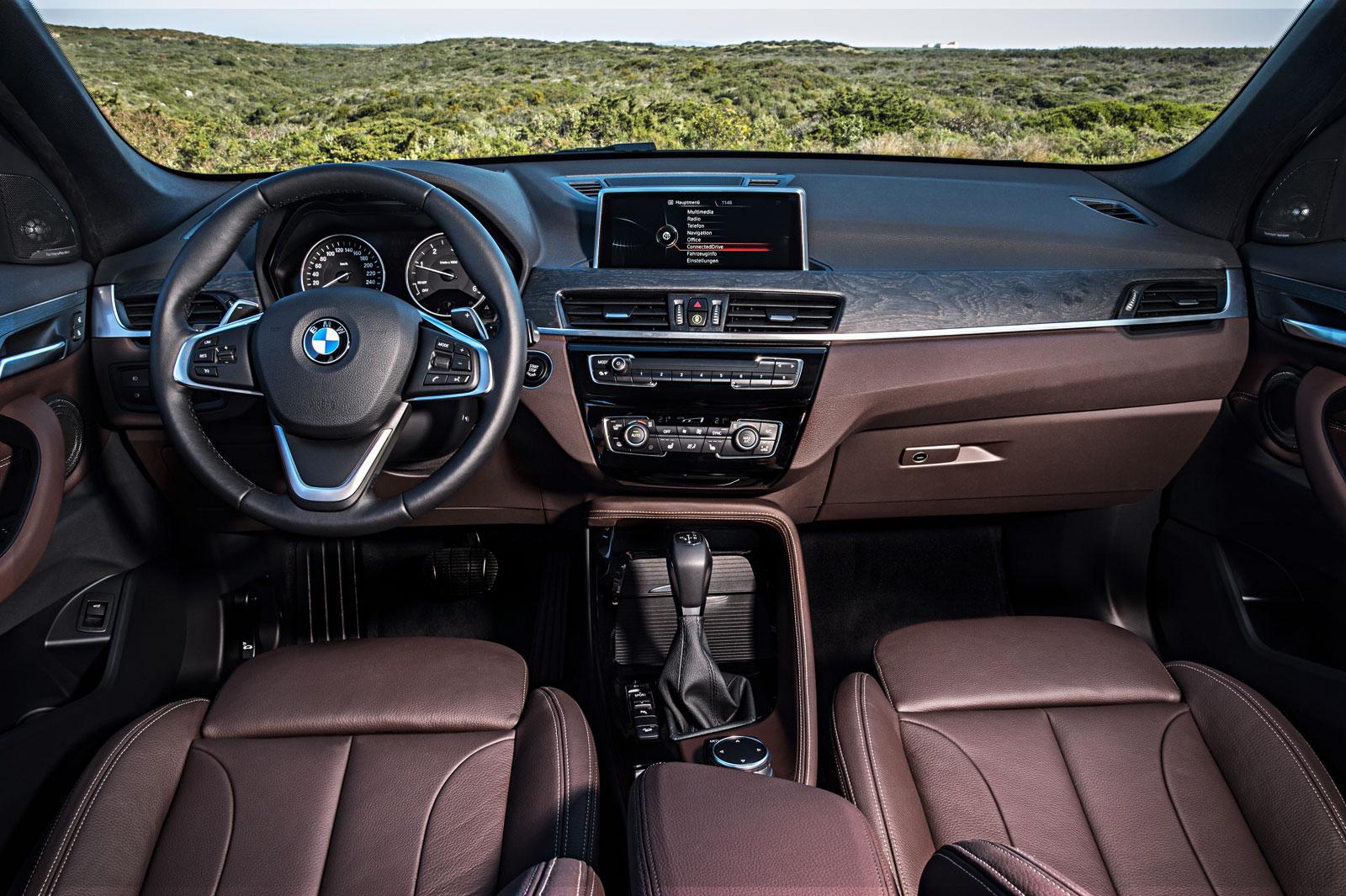 2016 Bmw X1 Interior Car Body Design
