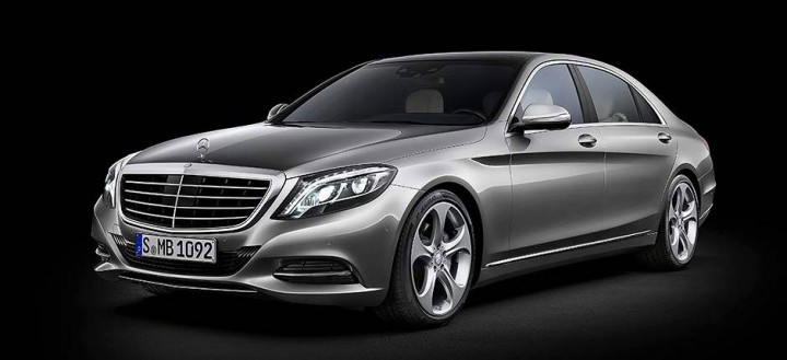 Mercedes-Benz S600 3D model - Reference Photo