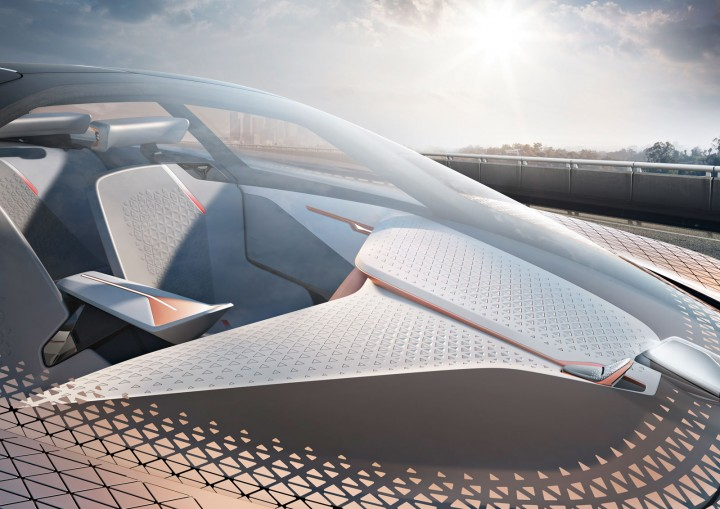 BMW Vision Next 100 Concept Windscreen
