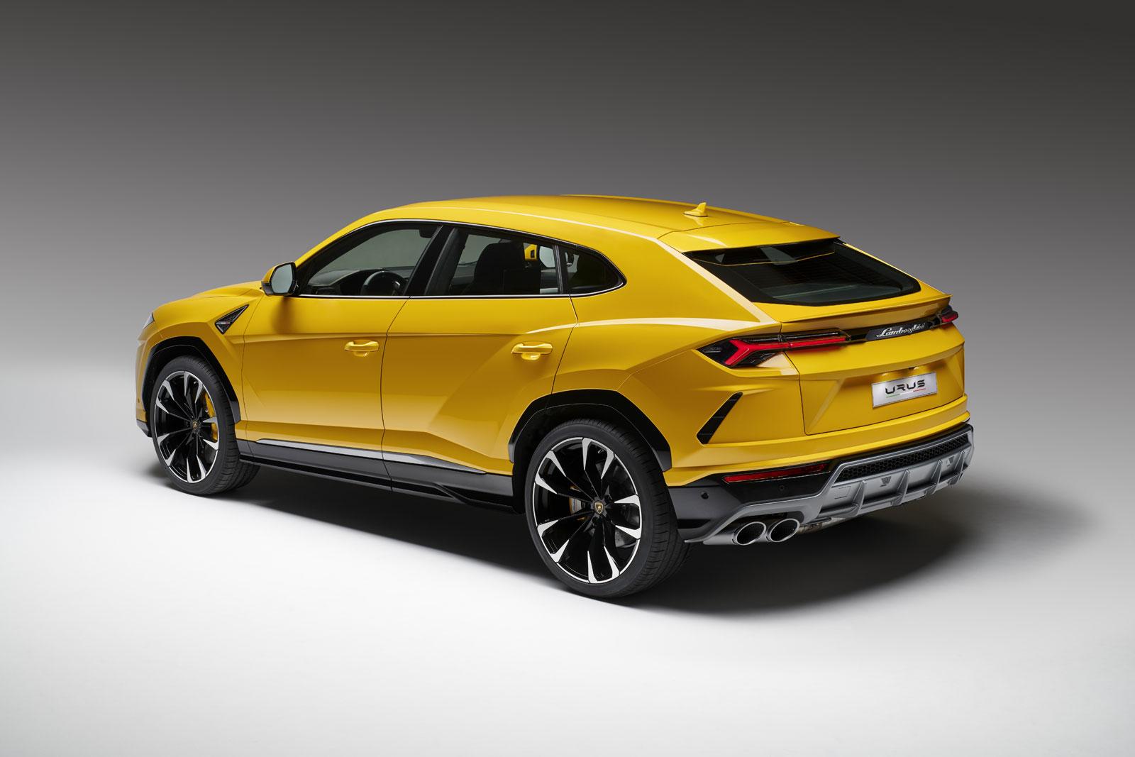 Lamborghini Urus Car Body Design