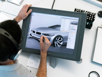Christopher Weil sketching the 2011 BMW 3 Series Sedan
