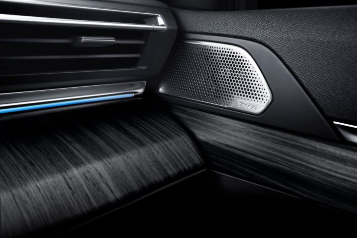 New Peugeot 508 Interior Materials detail