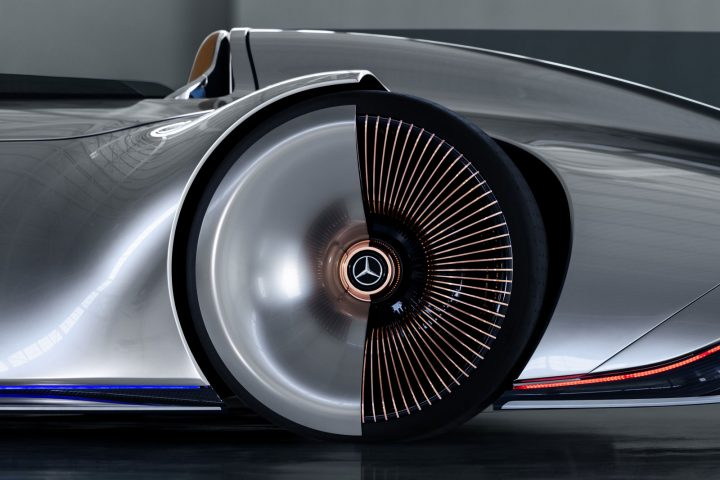 Mercedes-Benz Vision EQ Silver Arrow Concept Wheel Detail