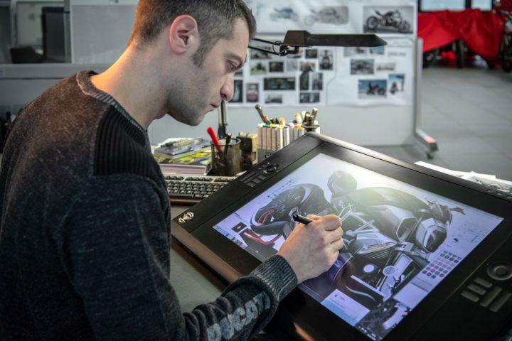 Ducati Diavel 1260 Design Sketching on the Cintiq