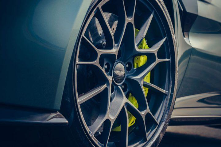 Aston Martin Vantage AMR Wheel Design