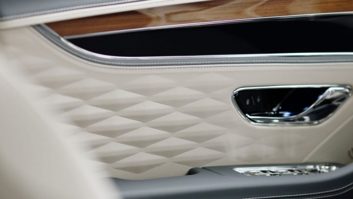 Bentley New Flying Spur 3D Leather