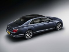 Bentley reveals third-generation Flying Spur