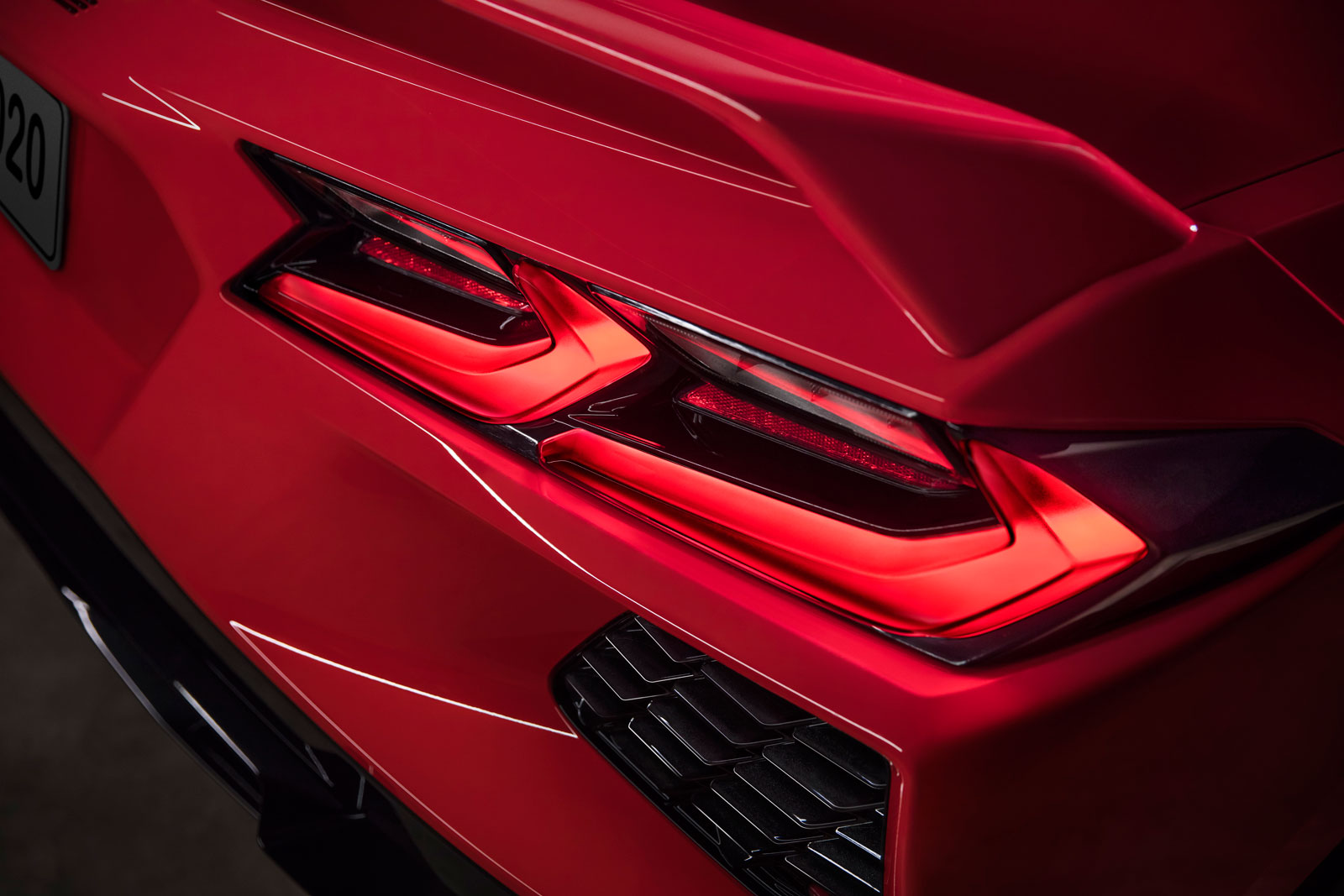 2020 Chevrolet Corvette Stingray Tail Lights - Car Body Design