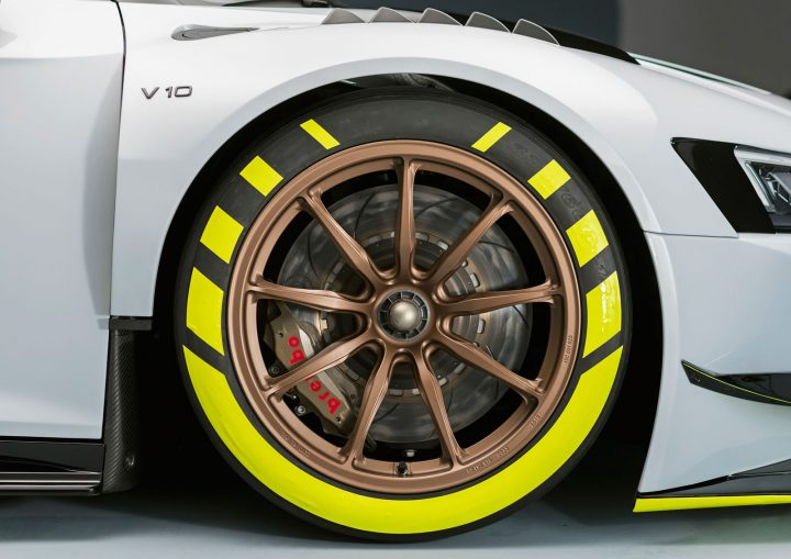 Audi R8 LMS GT2 Wheel Design