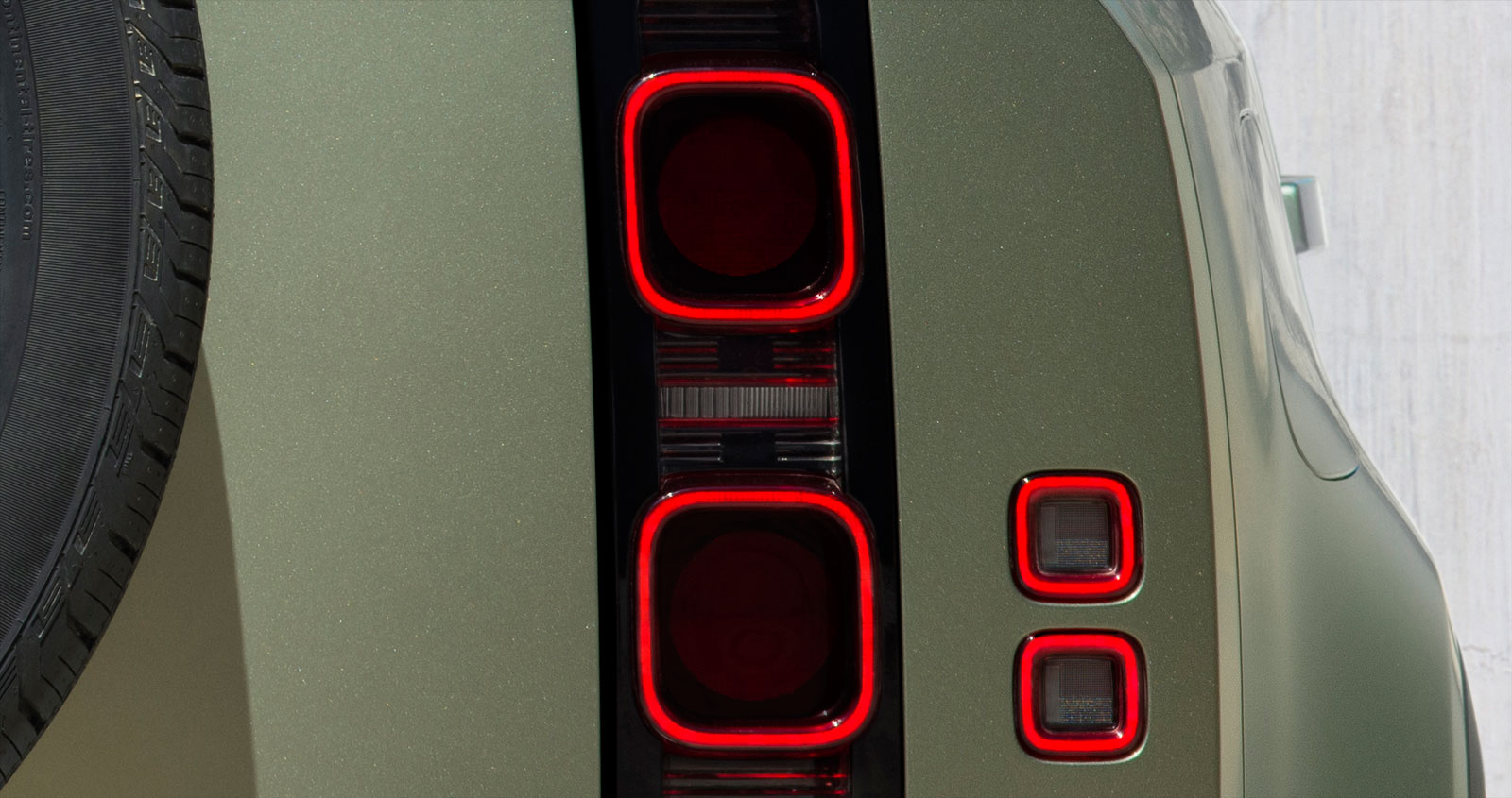 New Land Rover Defender Tail Light design detail