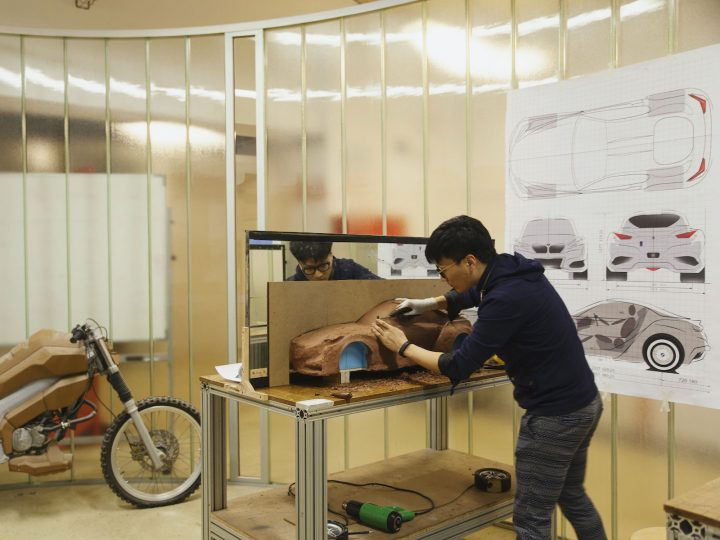 Clay modeling Transportation Design at IED Barcelona